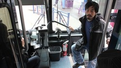 20111026colling_transit-captives_04-500x333_profile